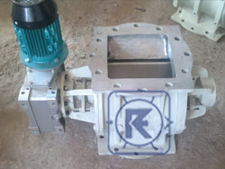 Rotary Valve with Direct Mount Geared Motor